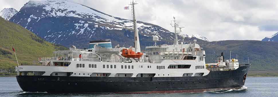 Classic Roundtrip Voyage from Bergen on MS Lofoten