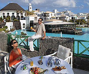 Stay at the THe Volcan Lanzarote Hotel, Playa Blanca with Sunway