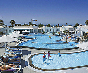 Stay at the Nautilus Lanzarote Apartments, Matagorda with Sunway