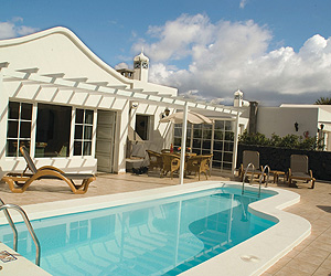 Hyde Park Lane Villas holiday and late deals to Puerto del Carmen, Lanzarote, Canaries