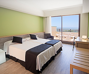 Costa Teguise Accommodation - Barcelo Occidental Lanzarote Playa Hotel - Sunway.ie