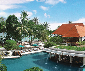Stay at the Puri Santrian, Sanur Beach with Sunway