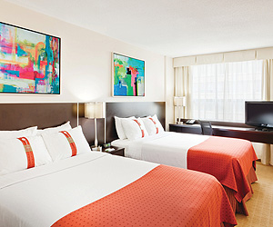 Stay at the Holiday Inn Downtown, Toronto with Sunway