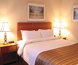 Stay at the Best Western Europa, Montreal with Sunway