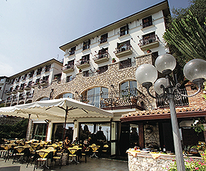 Stay at the Hotel Ariston, Taormina with Sunway