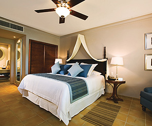 Dominican Republic Accommodation - Dreams Palm Beach Punta Cana - Sunway.ie