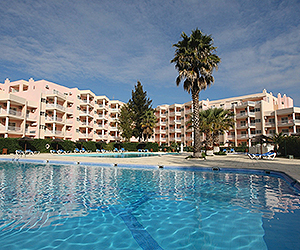 Stay at the Turim Estrela do Vau Apartments, Portimao with Sunway