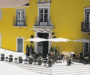 Stay at the Vile Gale Palacio dos Arcos Hotel, Paco De Arcos with Sunway
