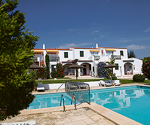 Stay at the Mar Y Mar Apartments, Cala n Forcat / Cala n Blanes with Sunway