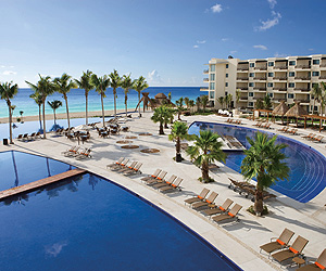 Stay at the Dreams Riviera Cancun Resort & Spa, Mexico with Sunway