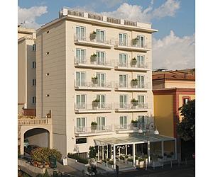 hotel plaza sorrento positano capri and the amalfi. Black Bedroom Furniture Sets. Home Design Ideas