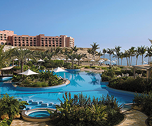 Stay at the Shangri-La Barr Al Jissah Resort & Spa Al Bandar, Muscat with Sunway