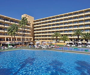 The Sol Alcudia Center Is A Comfortable And Friendly Complex Located In Heart Of All Activity Close To Bustling Ping Area