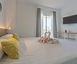 Alcudia Accommodation - Ferrer Tamarindos Apartments - Sunway.ie