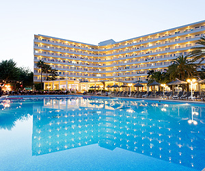 Puerto Pollensa Accommodation - Fergus Style Pollensa Park & Spa Hotel - Sunway.ie