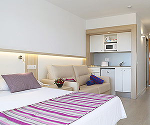 Santa Ponsa Accommodation - Ola Bouganvillia Aparthotel - Sunway.ie