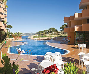 D 39 or jardin de playa apartments holidays santa ponsa deals for Aparthotel d or jardin de playa santa ponsa
