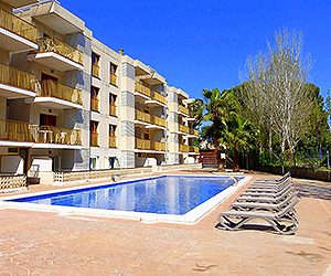 Stay at the Pins Marina, Cambrils with Sunway
