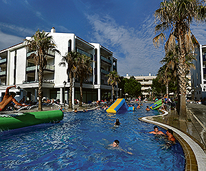 Stay at the Pins Platja, Cambrils with Sunway