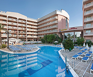 Stay at the Dorada Palace Aparthotel, Salou with Sunway