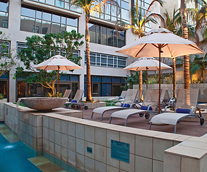 Stay at the Garden Court Umhlanga Rocks, Durban with Sunway