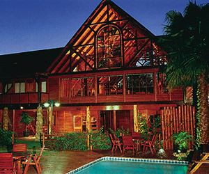 Stay at the Knysna Log Inn, The Garden Route with Sunway