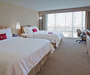 International Drive Accommodation - Crowne Plaza Universal - Sunway.ie