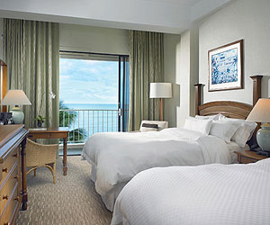 Stay at the Moana Surfrider, A Westin Resort, Oahu with Sunway