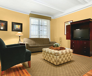 Best Western Hospitality House, New York Apartments