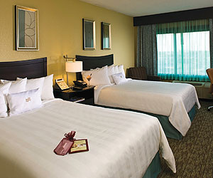 Stay at the Crowne Plaza Downtown, Memphis with Sunway