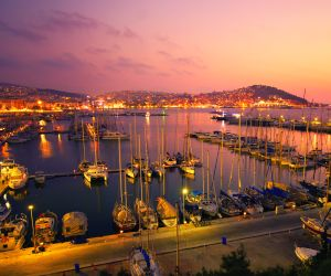 Kusadasi holiday and late deals to Turkey