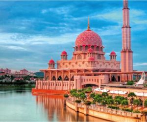 Choose Sunway for your Kuala Lumpur Holiday