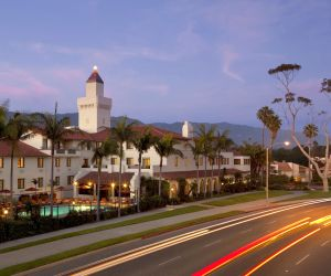 Choose Sunway for your Santa Barbara Holiday