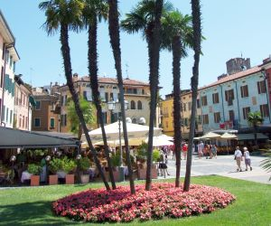 Sirmione Holidays - Direct flights from Ireland