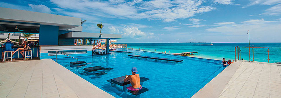 Hotel RIU Cancun Holidays with Sunway